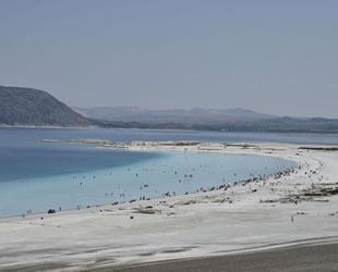Beyaz Adalar'da plaj ve göle giriş yasağı başladı
