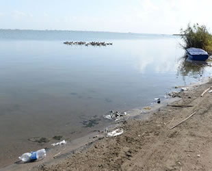 2030'da denizler plastik çorbasına dönüşecek