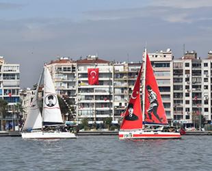 İzmir Körfezi'ndeki tekneler, Cumhuriyet selamı verdi