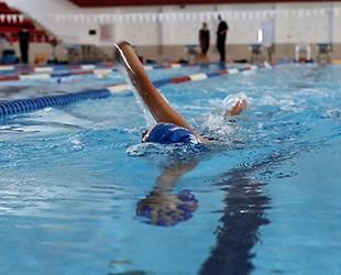 Canik Belediyesi'nden 'Yüzme Bilmeyen Kalmasın' projesine destek geldi