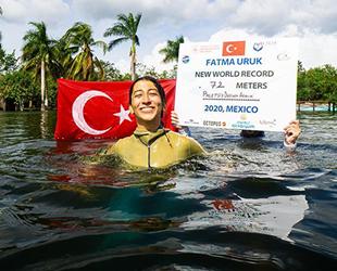 Serbest dalışçı Fatma Uruk, 3 günde 3 dünya rekoru kırdı