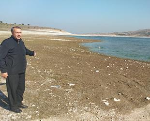 Kütahya'daki Porsuk Barajı alarm veriyor