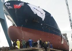 M/T Çamlıbel törenle denize indi