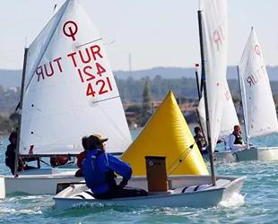 Teos Yat Yelken Kulübü, başarısı ile Seferihisar'ı gururlandırdı