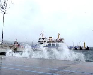 Kabatepe-Gökçeada hattında tüm feribot seferler iptal edildi
