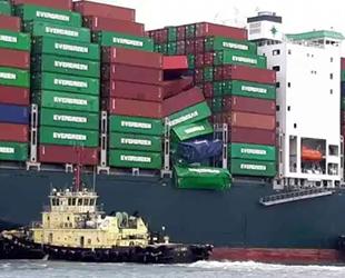 Evergreen'e ait EVER LIBERAL isimli gemi 36 konteynerını denizde kaybetti