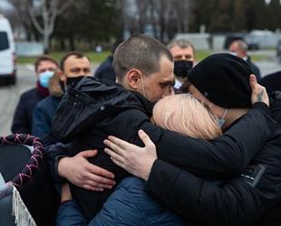 Libya'da esir alınan Ukraynalı denizciler, ülkelerine döndü