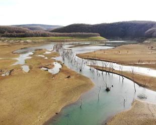 İstanbul'un su ihtiyacını karşılayan Kazandere ve Papuçdere barajları kurudu