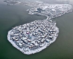 Türkiye'nin Venedik'i Gölyazı muhteşem manzarasıyla büyüledi