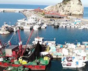 Şile Limanı'nda balıkçı teknesi yoğunluğu yaşanıyor