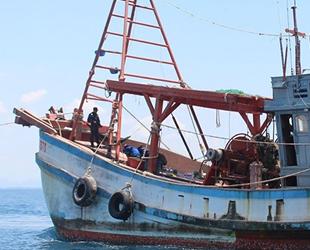 Malezya, 16 Vietnamlı balıkçıyı gözaltına aldı