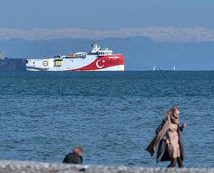 Oruç Reis sismik araştırma gemisi, Antalya açıklarına demir attı