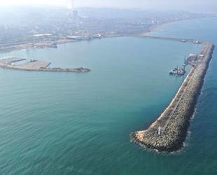 Ünye Limanı'nın büyütülme çalışmaları sürüyor