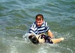 Umuda yolculuk deniz dibinde bitti
