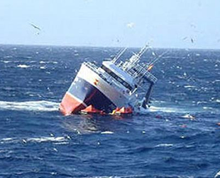 Çin'de yolcu teknesi alabora oldu: 5 ölü