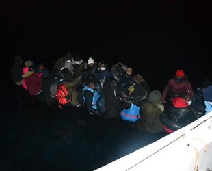 İzmir açıklarında 36 düzensiz göçmen kurtarıldı