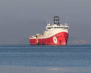 'Barbaros Hayrettin Paşa' sismik araştırma gemisi, Tuzla Limanı'na geldi