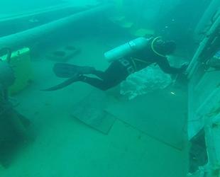 Bartın'da batan 'ARVIN' isimli geminin yakıt boşaltma işlemi tamamlandı