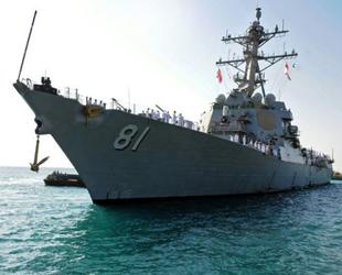 USS Winston S. Churchill destroyeri, Port Sudan'a demir attı
