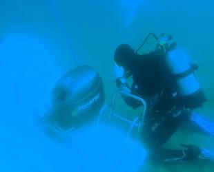 Gökçeada'da batan teknenin kurtarılma anı görüntüleri ortaya çıktı