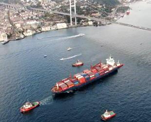 İstanbul Boğazı'ndan geçen gemi sayısı 2020'de de azaldı