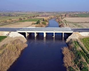 65 yıllık köprü yenilendi, en çok pideci esnafı sevindi
