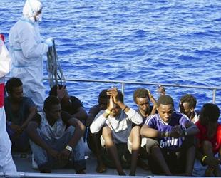 Tunus açıklarında 2 göçmen teknesi battı: 14 ölü