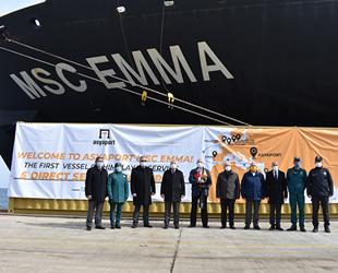 Himalaya Servisi'nin ilk gemisi MSC EMMA, Asyaport'a yanaştı