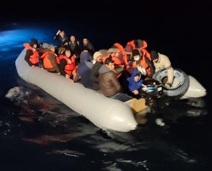 Ayvalık açıklarında 48 düzensiz mülteci kurtarıldı