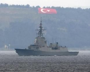 İspanyol savaş gemisi, Çanakkale Boğazı'ndan geçti