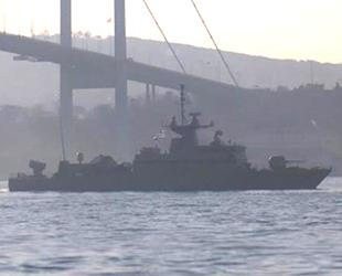 Yunan savaş gemisi, İstanbul Boğazı'ndan geçti