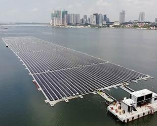 Singapur'da deniz üstü güneş enerjisi çiftliği kuruldu