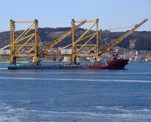 'Hanjin Leader' isimli gemi, Çanakkale Boğazı'ndan geçti