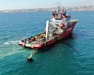 Nene Hatun gemisi, İstanbul Boğazı'nda 6 saatlik operasyon gerçekleştirdi