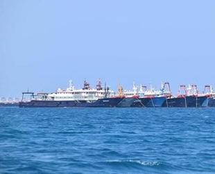 Çinli balıkçı tekneleri, Filipinler karasularına demirledi