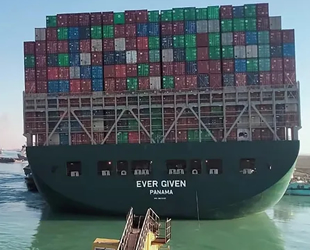 Süveyş Kanalı'ndan Ever Given'den daha büyük gemiler geçmiş