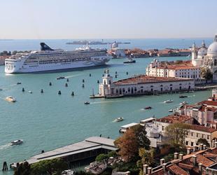 Kruvaziyer gemilerinin Venedik lagününe girişi yasaklandı