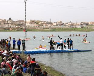 Telabyad'da Durağan Su Kano Festivali düzenlendi
