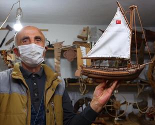 Cemal İhtiyaroğlu, hayallerini maketlere yansıtıyor