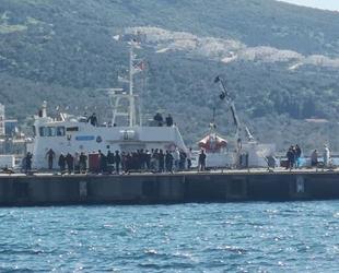 Dikili açıklarında 43 düzensiz göçmen yakalandı