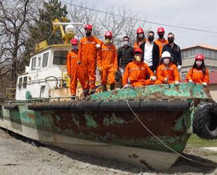 Van Gölü'ndeki atıl tekne okula hibe edildi