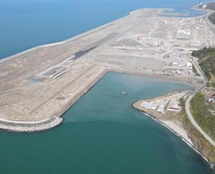 Rize-Artvin Havalimanı'na 29 Ekim'de ilk uçağın inmesi için çalışmalar sürüyor