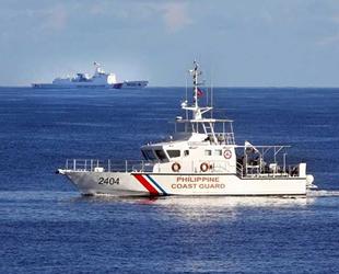 Filipinler, gemilerinin Çin tarafından engellemesine tepki gösterdi