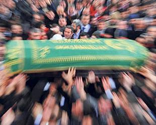 Erol Yücel'in muhterem annesi Zehra Yücel vefat etti