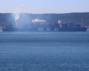 Çanakkale Boğazı, dev gemilerin geçişi için tek yönlü trafiğe kapatıldı