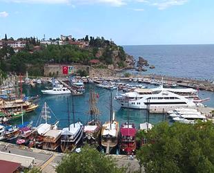 Antalya'da teknelere kısmi özgürlük getirildi