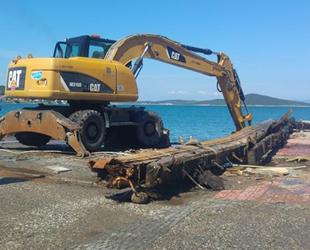 Ayvalık'ta denizden enkaz çıkarma çalışmalarında sona gelindi