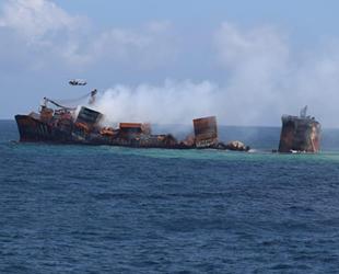 Günlerdir süren X-Press Pearl isimli konteyner gemisindeki yangın söndürüldü