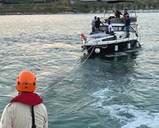 Ambarlı açıklarında sürüklenen tekne, kurtarıldı