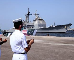 Pakistan ve ABD, Umman Denizi'nde tatbikat gerçekleştirdi